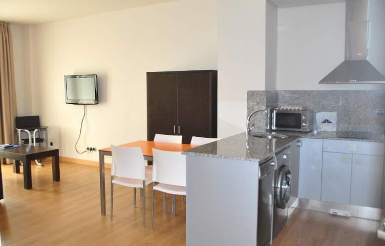 Maritimo Ris Apartamentos - Room - 6