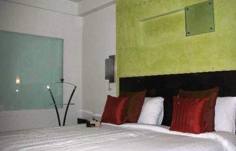 Quality Inn DV Manor - Room - 5
