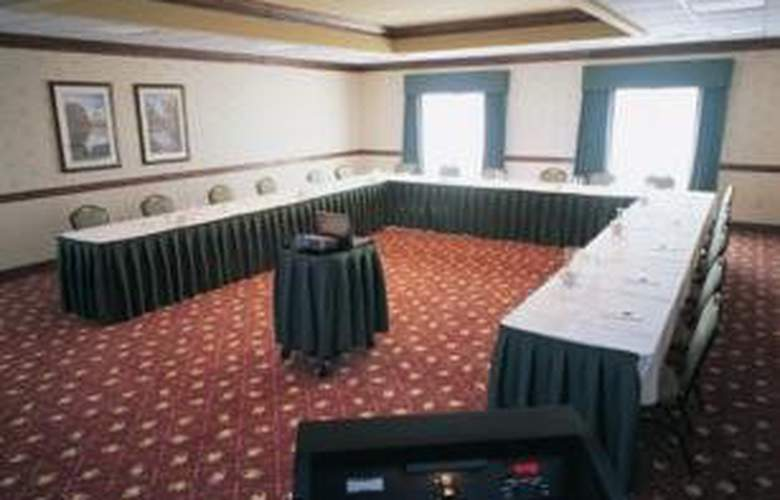 Country Inn & Suites by Carlson Newark Airport - Conference - 3