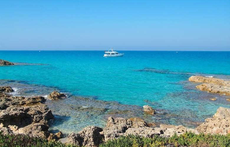 All Suite Ibiza Aparthotel - Beach - 2