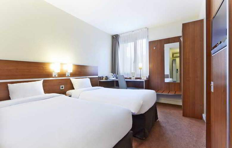Kyriad Paris Sud Cachan - Room - 9