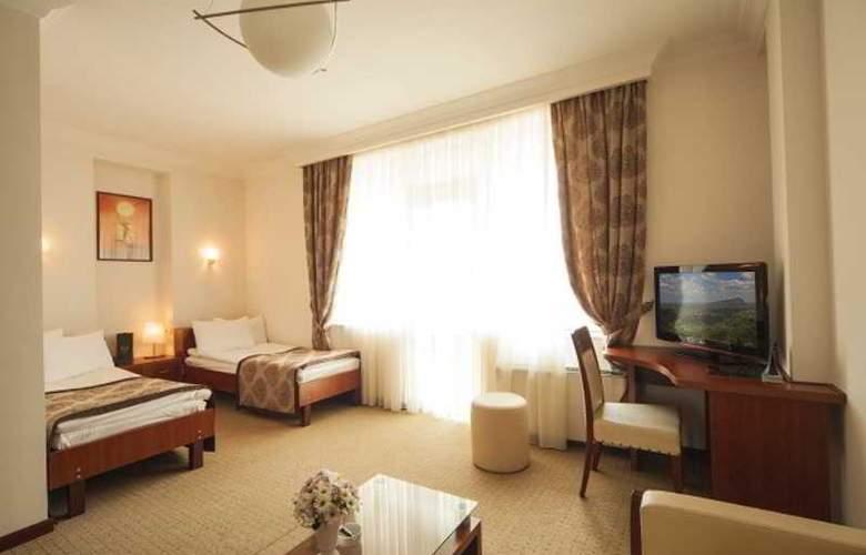 Cruise - Room - 14