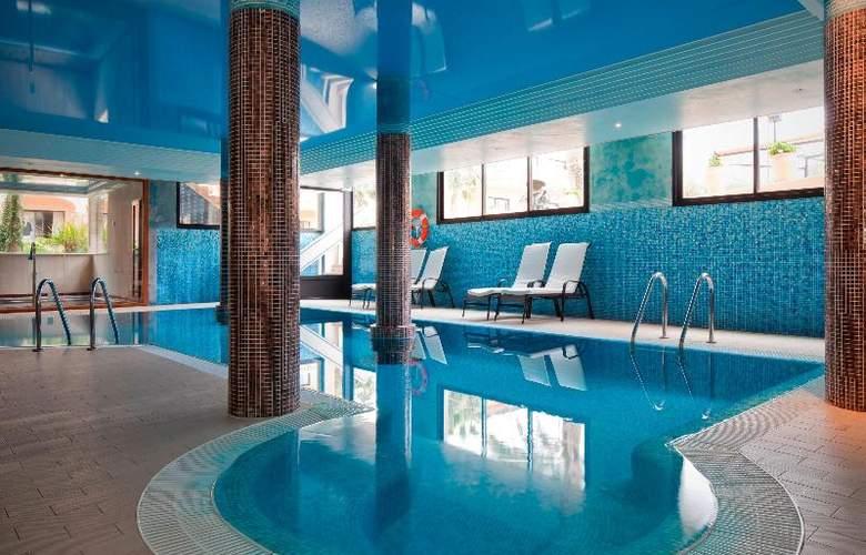 Mon Port Hotel Spa - Pool - 99
