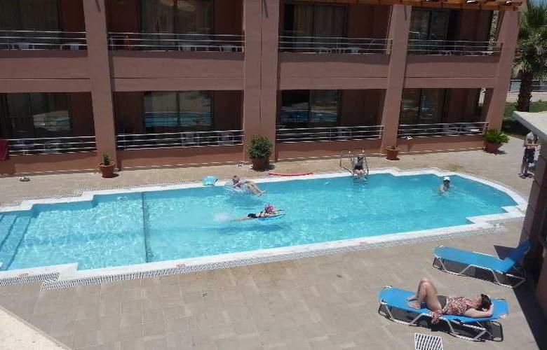 Anatoli Apartments - Pool - 7