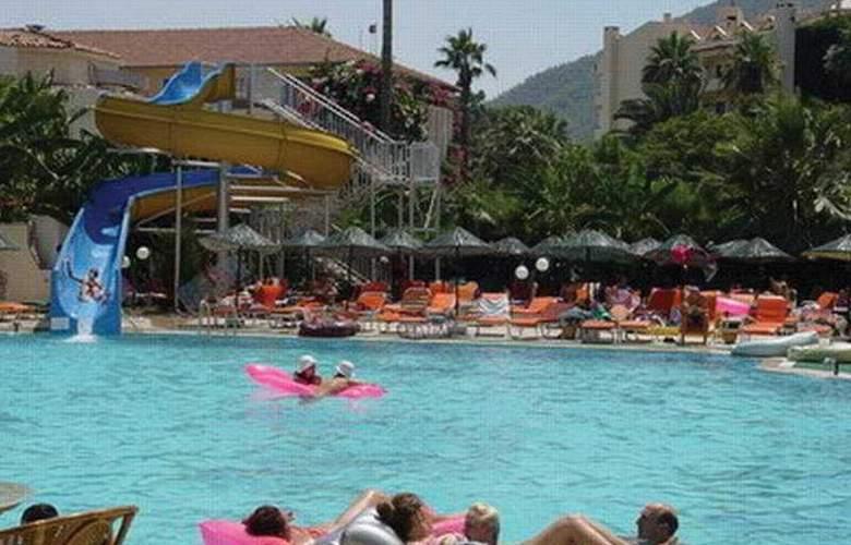Pasa Beach Hotel - Pool - 10