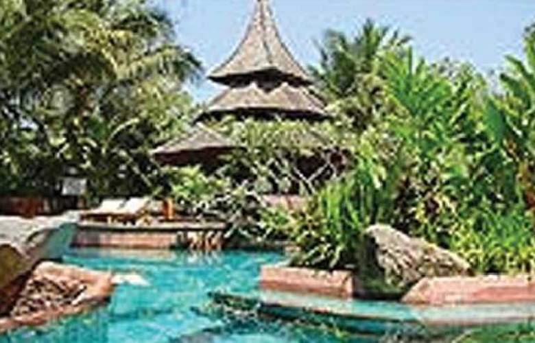 The Kandawgyi Palace - Pool - 6