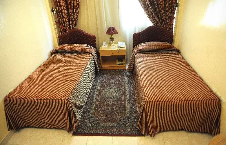 Royalton Hotel Dubai - Room - 6