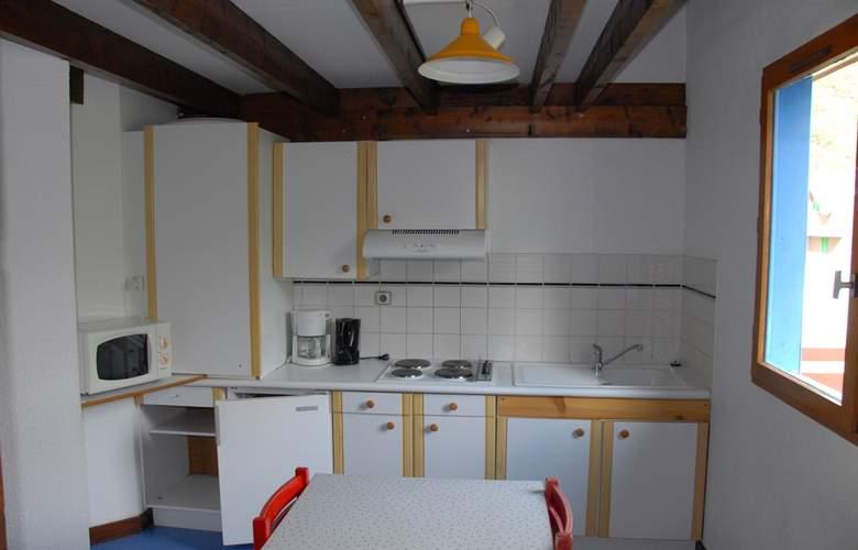 Résidence Les Chalets de l'Ossau - Room - 9