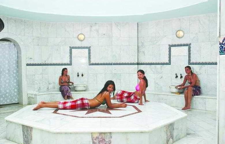 Acapulco Beach Club and Resort - Sport - 8