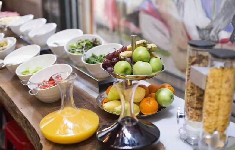 Occidental The Public - Restaurant - 31