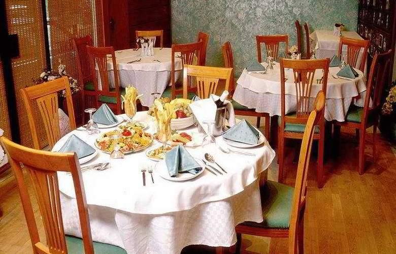 Hisar - Restaurant - 6