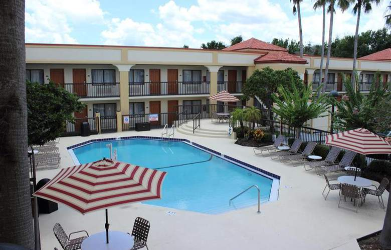 Best Western Orlando East Inn & Suites - Pool - 54