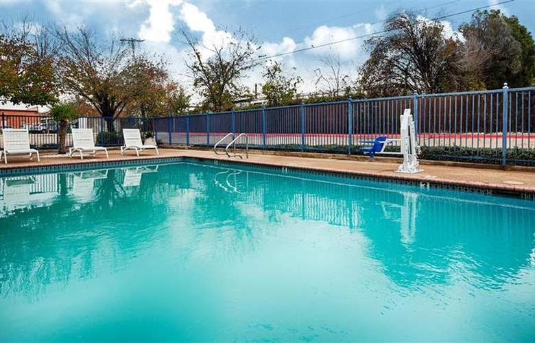 Best Western Executive Inn - Pool - 45