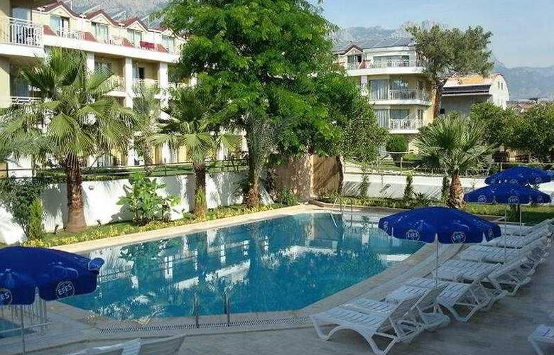 Berkay Hotel - Pool - 5