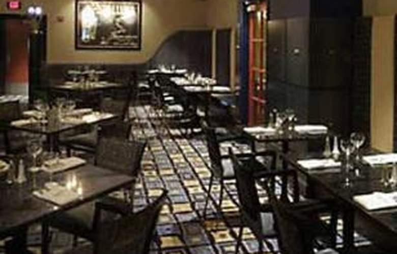 Hilton Garden Inn Detroit Downtown - Restaurant - 0