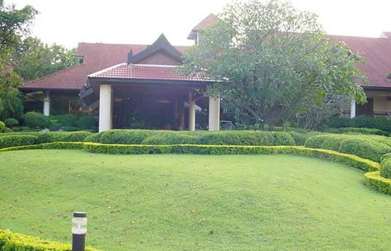 Pavilion Rim Kwai Resort Kanchanaburi - General - 2