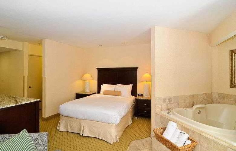 Best Western Plus Laguna Brisas Spa Hotel - Hotel - 10