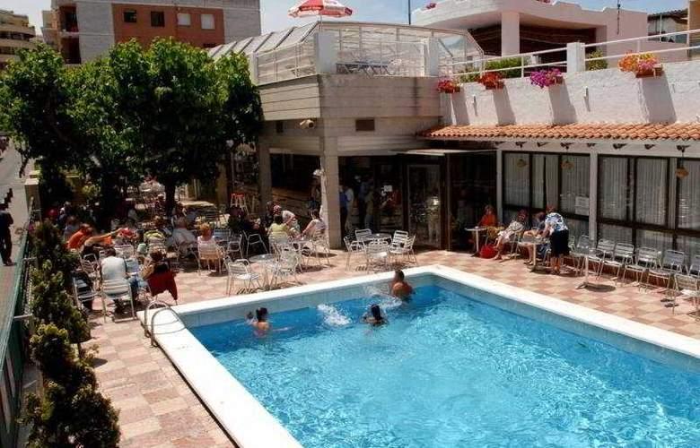 Maria del Mar - Pool - 9