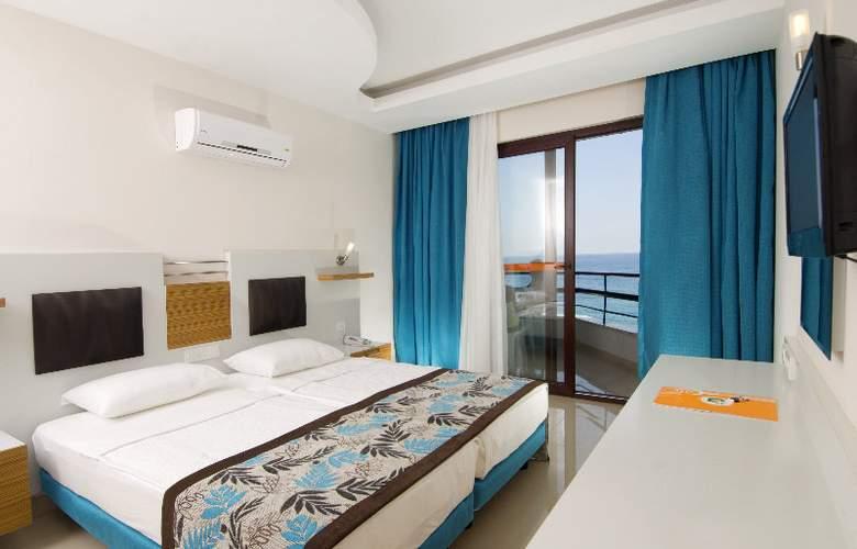 Kleopatra Ada Beach - Room - 7