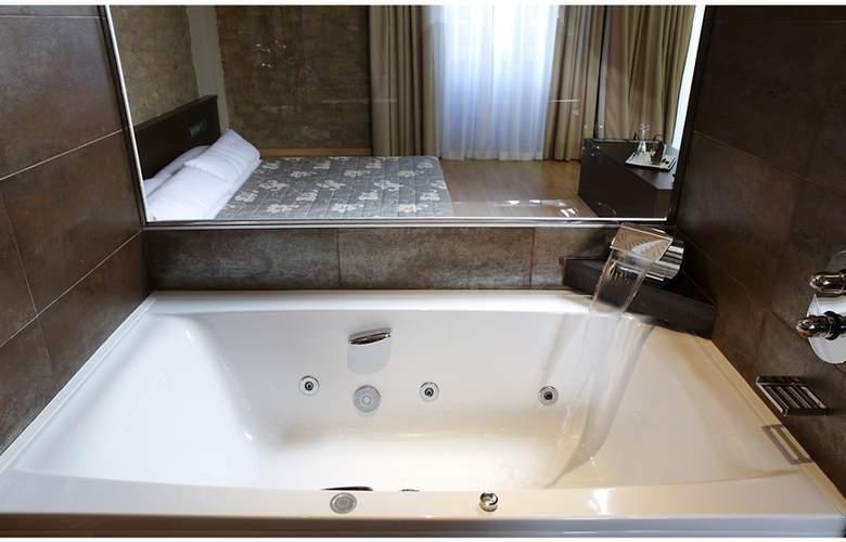 Balneario de Rocallaura - Room - 1