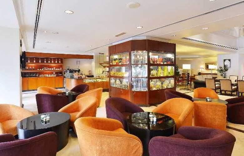 Equatorial Hotel Malacca - Bar - 8