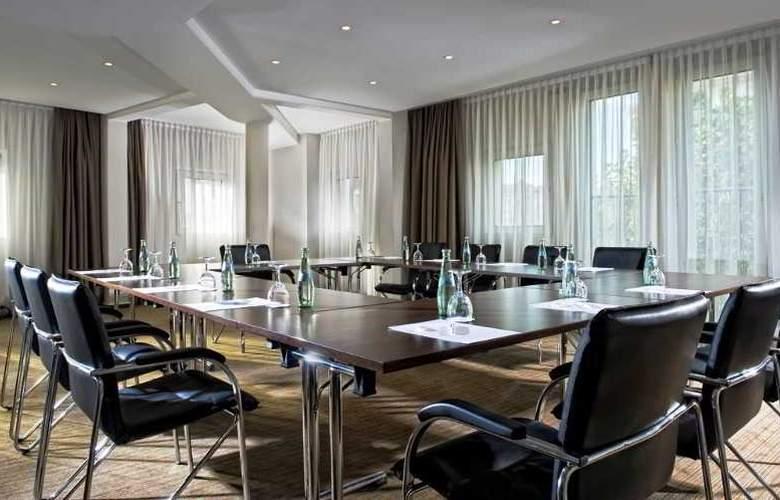 Berlin Mark - Conference - 10