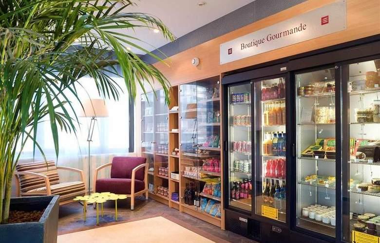 Suite Novotel Clermont Ferrand Polydome - Restaurant - 43