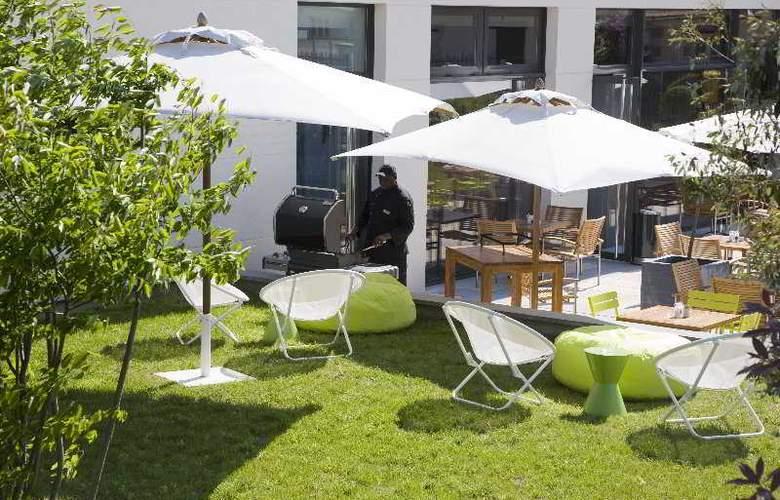 Courtyard by Marriott La Défense West - Terrace - 4