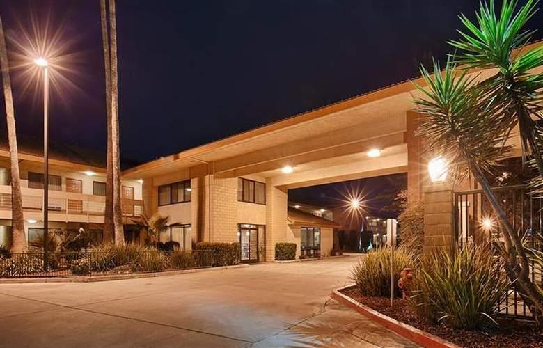 Best Western Plus Orchard Inn - Hotel - 38