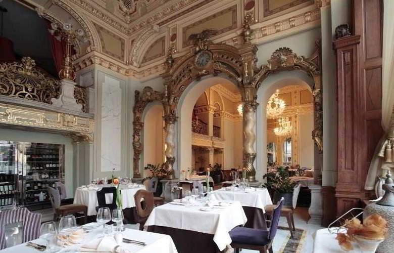 New York Palace - Restaurant - 12