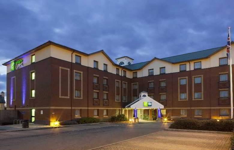 Holiday Inn Express Bristol North - Hotel - 4