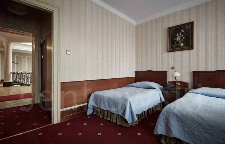 Francuski - Room - 5