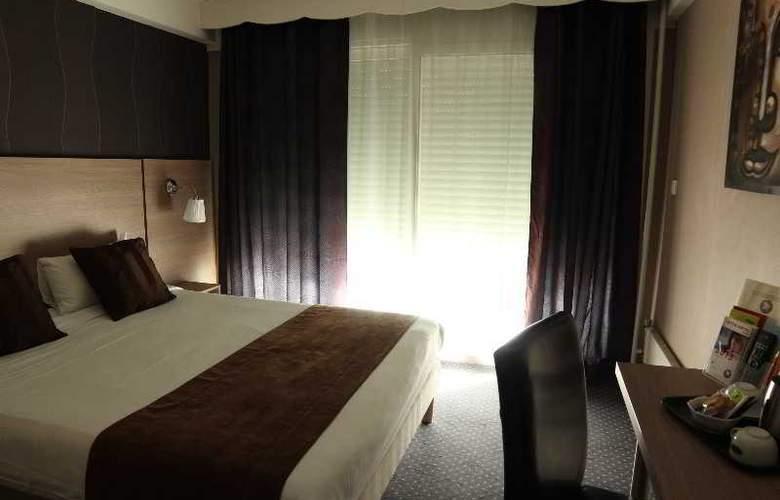 INTER-HOTEL VILLANCOURT - Room - 4