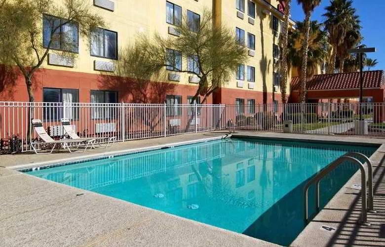 Red Roof Inn Tucson North - Pool - 5