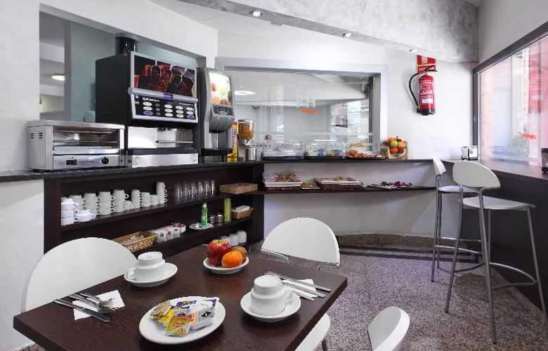 Nuevo Triunfo - Restaurant - 19