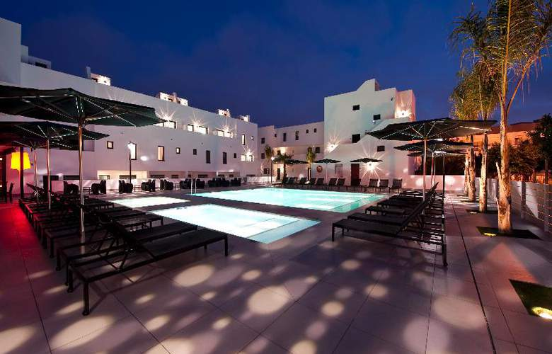 Migjorn Ibiza Suites And Spa - Pool - 13
