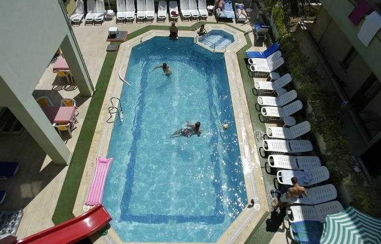 Liman Apart - Pool - 4