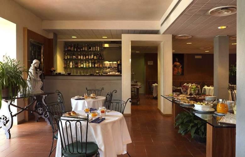 Villa Gabriele d'Annunzio - Restaurant - 6