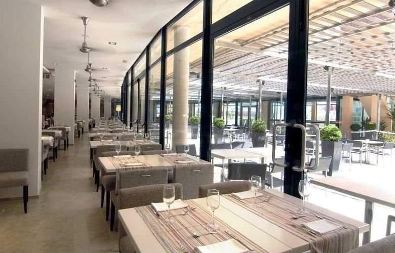 Les Oliveres Beach - Restaurant - 10