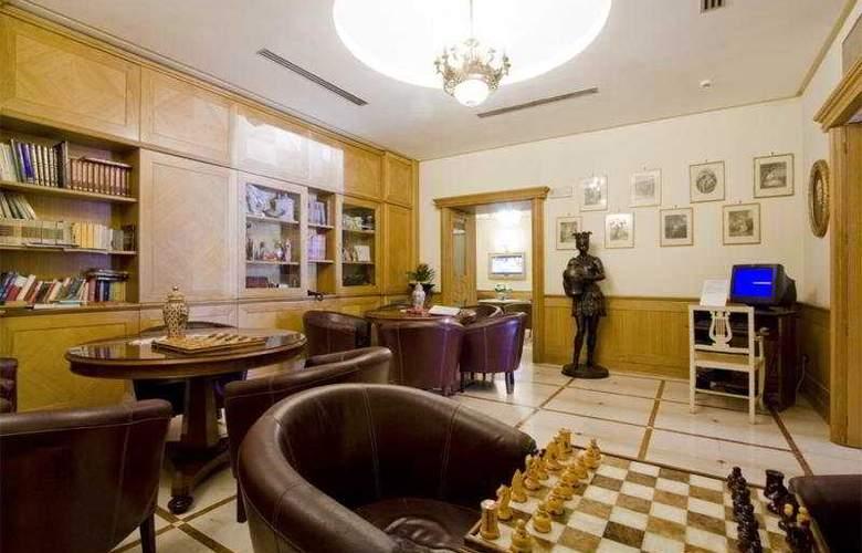 Grand Hotel Europa - Bar - 7