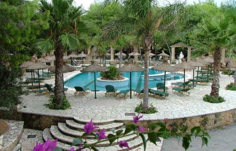 Vassilikos Beach - Hotel - 0