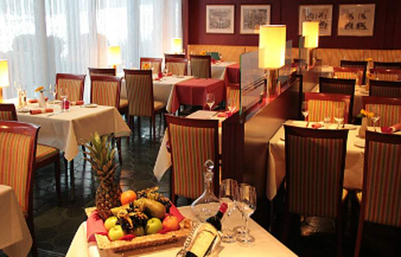 Ramada Nuernberg Parkhotel - Restaurant - 13
