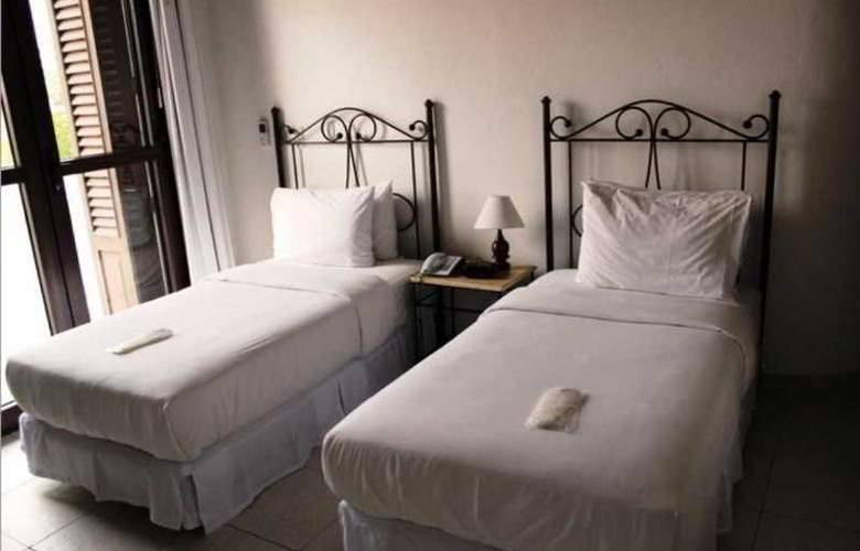 Monterrey - Room - 6