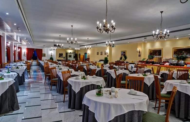 Best Western La Solara Sorrento - Restaurant - 37