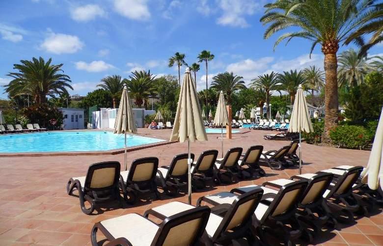 Canary Garden Club - Pool - 14