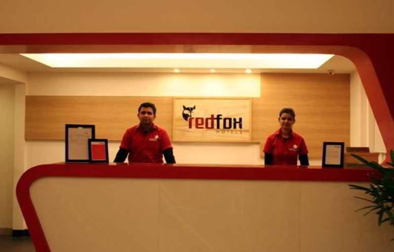 Red Fox - Hotel - 8