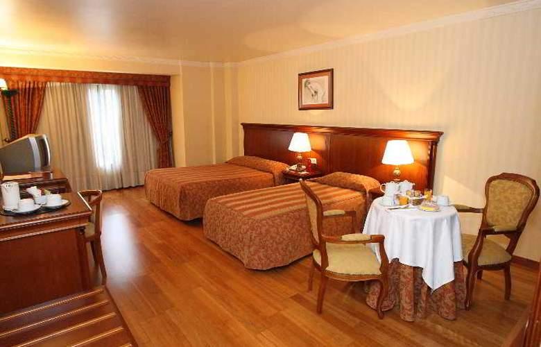 Turim Lisboa - Room - 11
