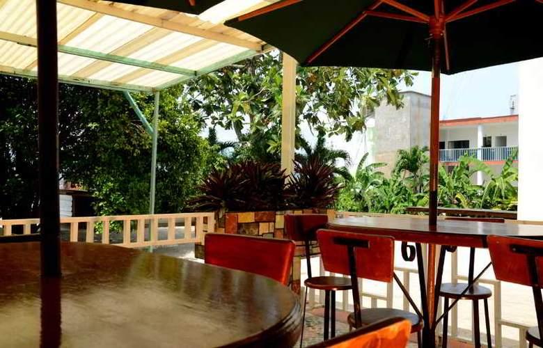 Palenque - Terrace - 19