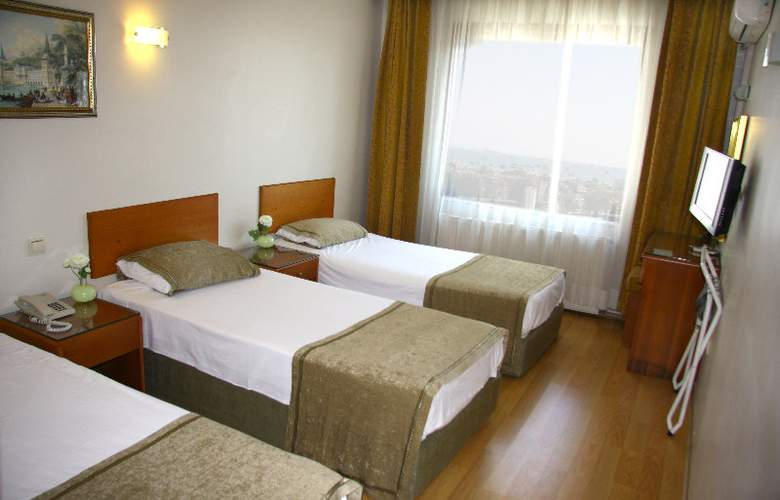 Grand Ant Hotel - Room - 4