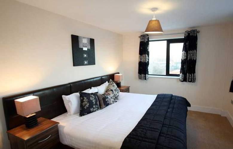 City Nites Birmingham - Room - 8